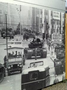 pointcharlie1-225x300 Visita al Checkpoint Charlie
